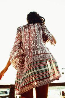 Wattlebird Kimono Mulberry Decoder