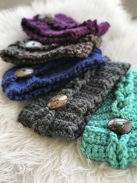 Anna Earwarmer pattern by Emily Marie Davies