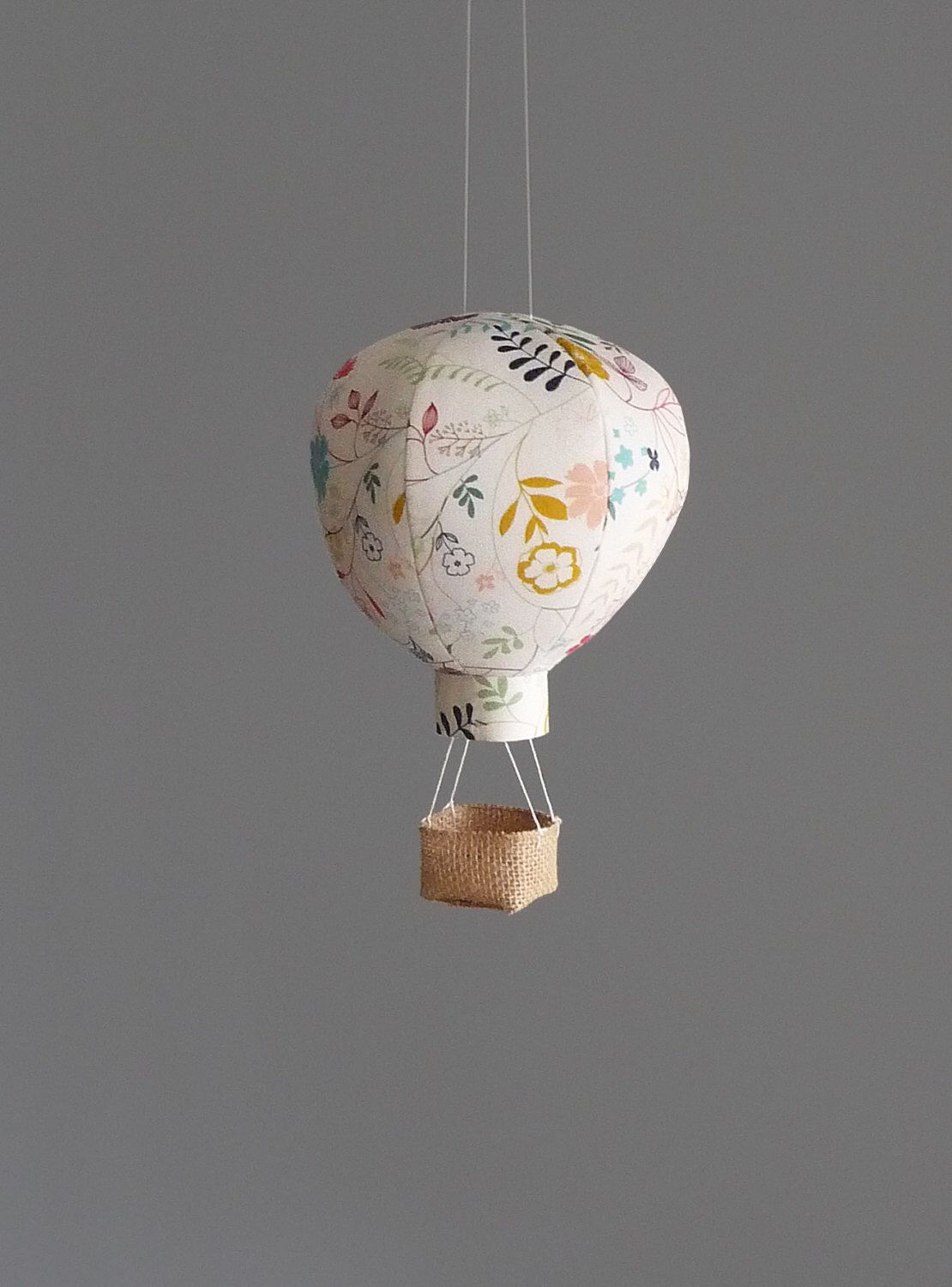 Theme De Decoration Pour Creche Hot Air Balloon Decor In Wildflower Nursery Art Girl