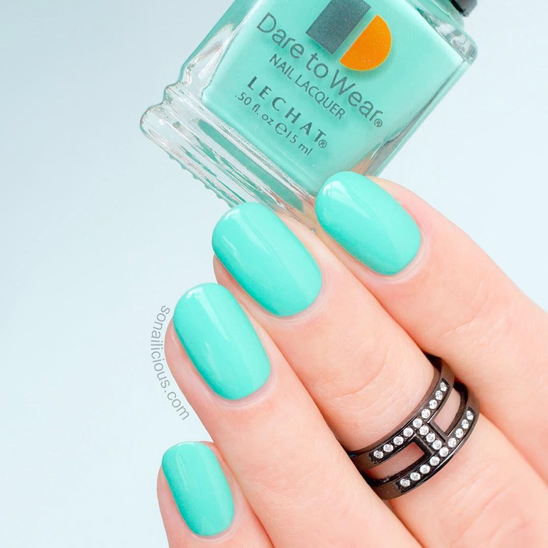 14 elegant christmas nail designs green nail polish green nail 14 elegant christmas nail designs green nail polishgreen prinsesfo Image collections