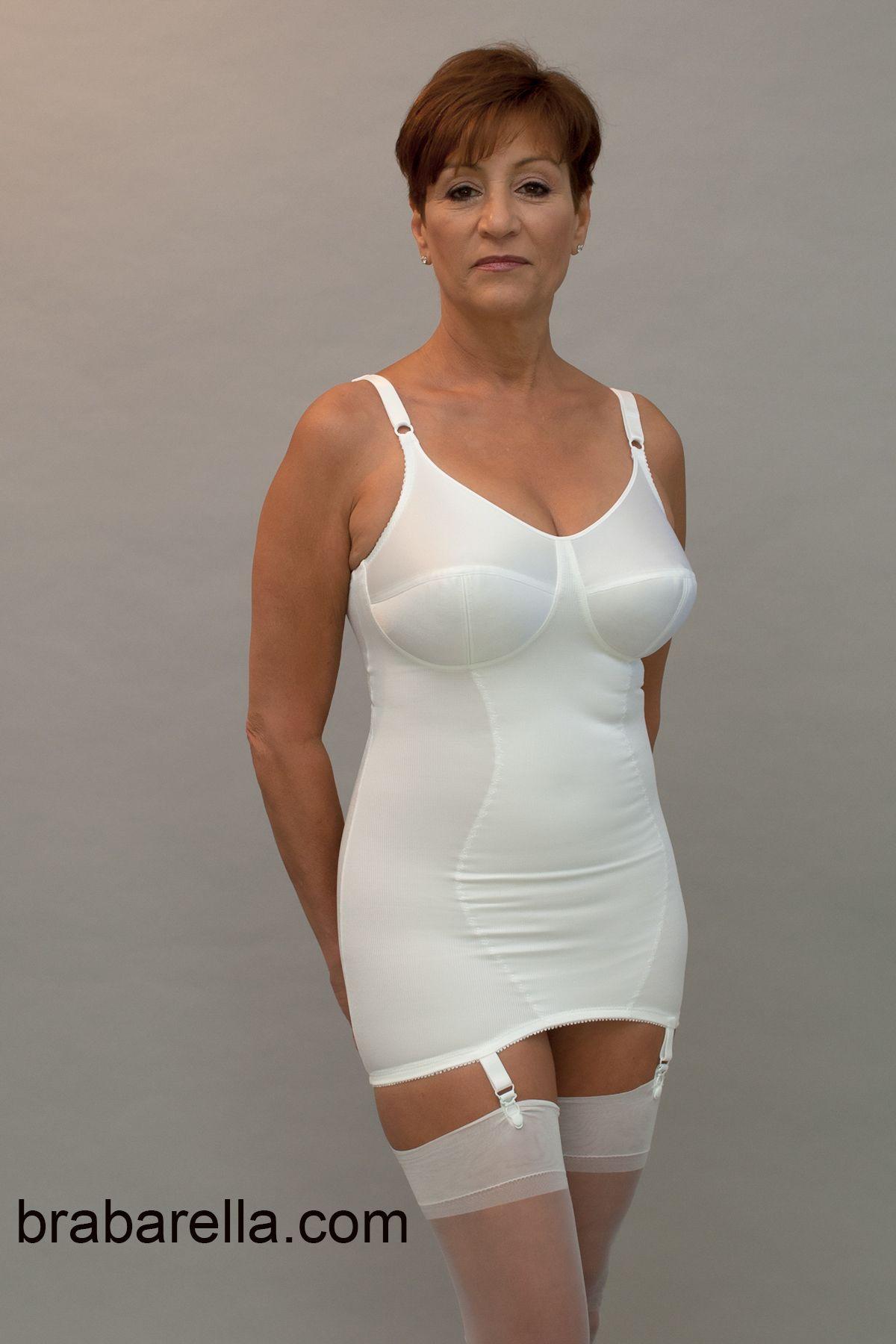 Singapore sec sch girl nude