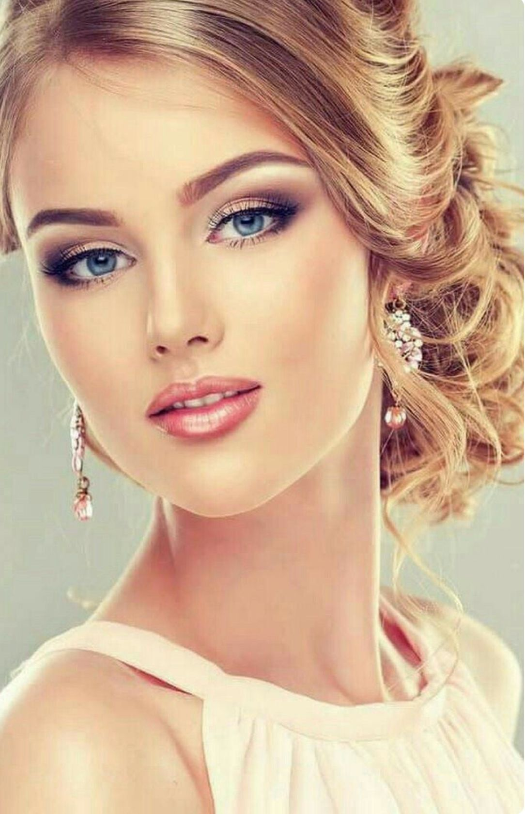 By Bookvl Blogspot And Look More Now Rosto Bonito Cabelo Glamuroso Rostos Bonitos