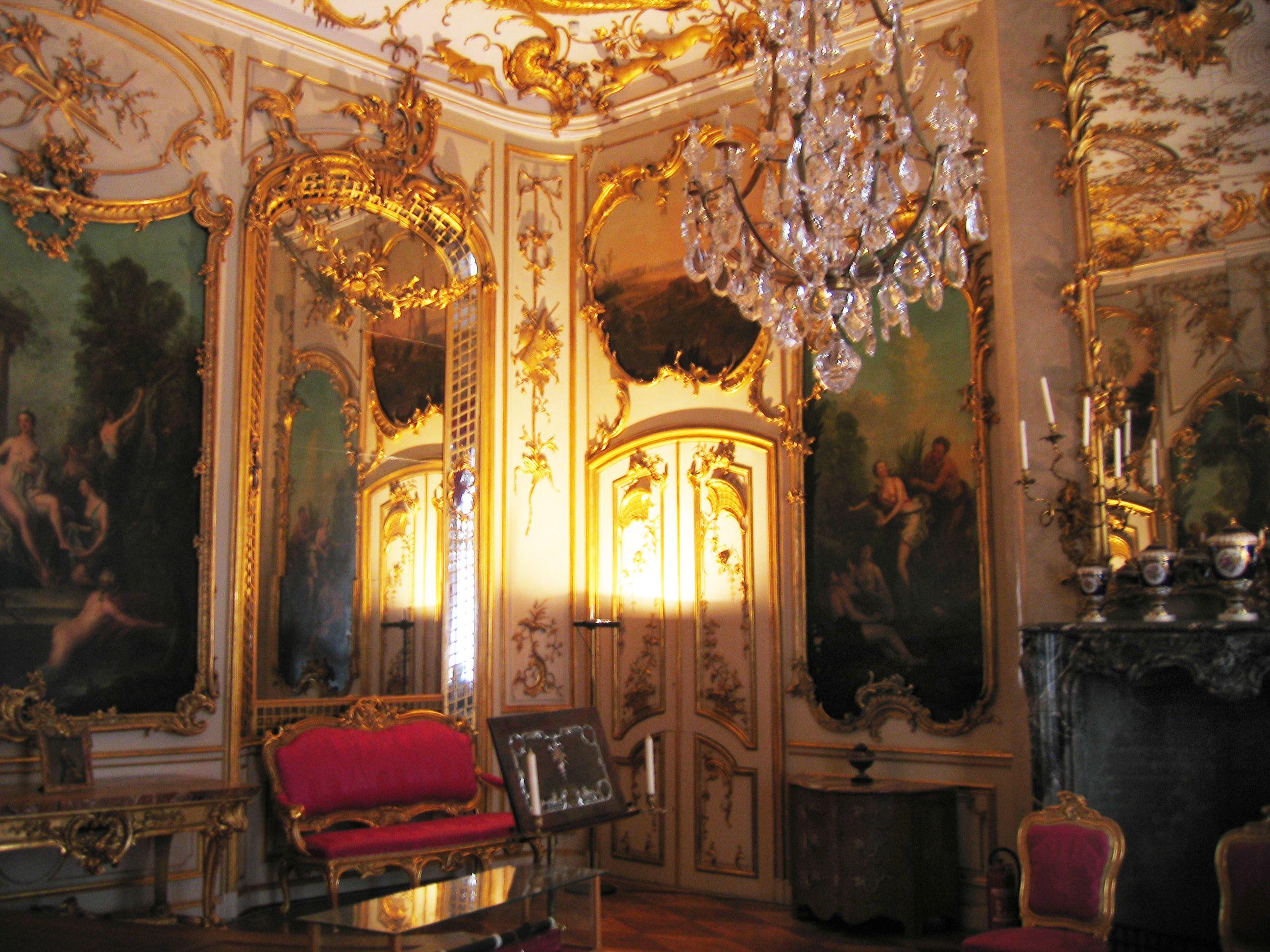The rococo palace of king friedrich ii in potsdam germany for Designhotel potsdam