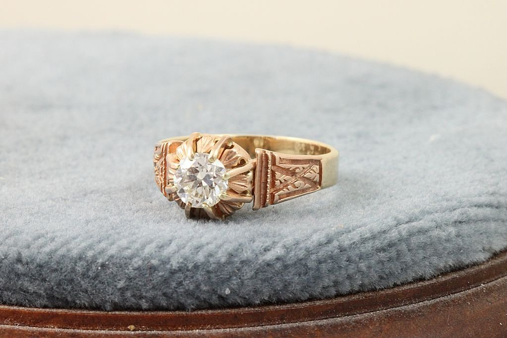 #rubylane.com             #ring                     #Estate #0.65 #Etruscan #Solitaire #Ring            Estate 18K 0.65 Etruscan Solitaire Ring                                       http://www.seapai.com/product.aspx?PID=1302602