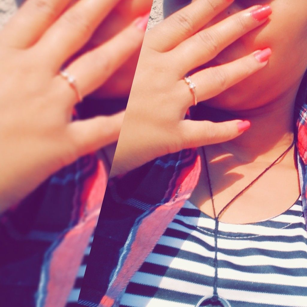 Pin By Shayma On Dpzz World Cute Girl Pic Selfies Poses Beautiful Hands