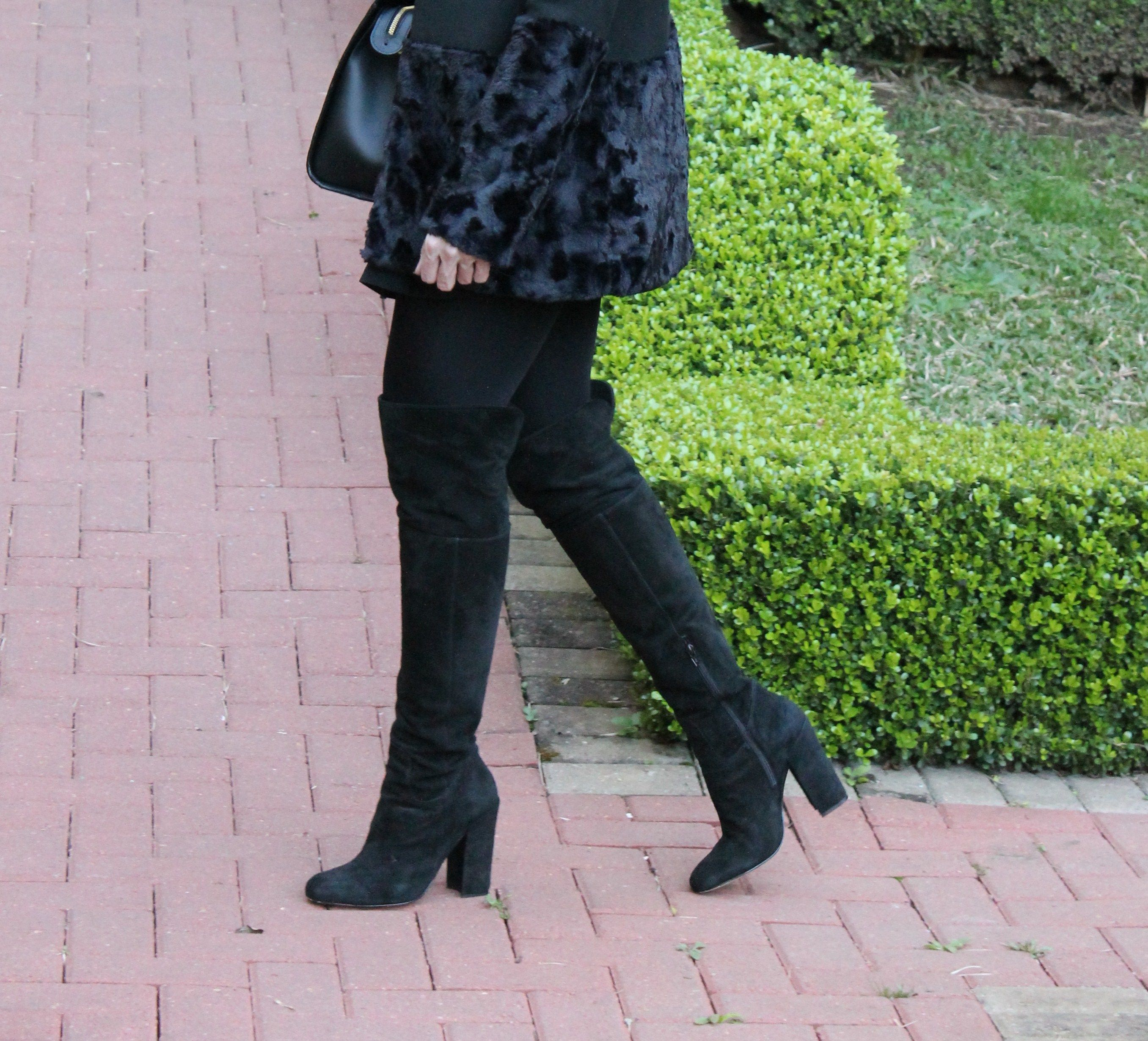 Blog Caca Dorceles. 2014. Meu look: Casaco Barra de Pele. Details: Mixed coat + Luiza Barcelos boot.