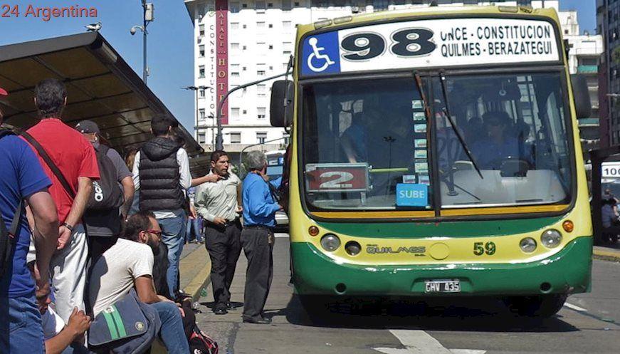 Gobierno confirmó que habrá suba en el transporte durante 2018