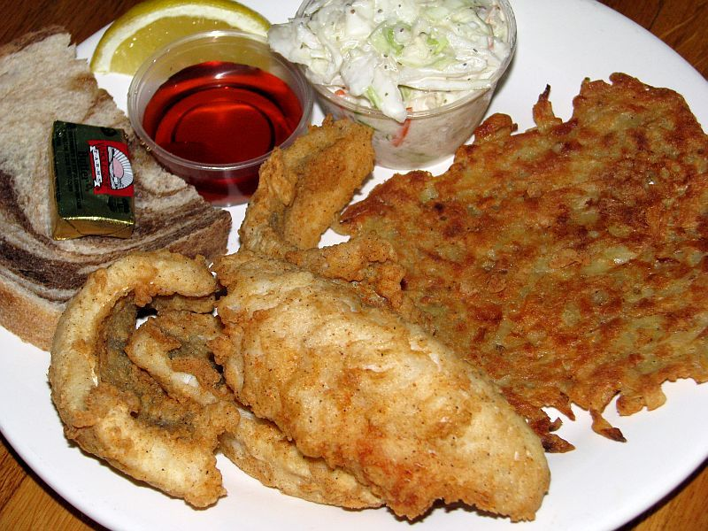 Mckiernan 39 s perch fish fry milwaukee fish fry guide for Best fish fry in milwaukee