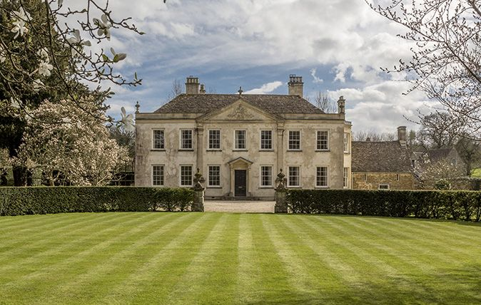 One Of The Most Beautiful Houses In Gloucestershire Is For Sale The Place Where Waugh Wrote Brideshead Revisited Dum