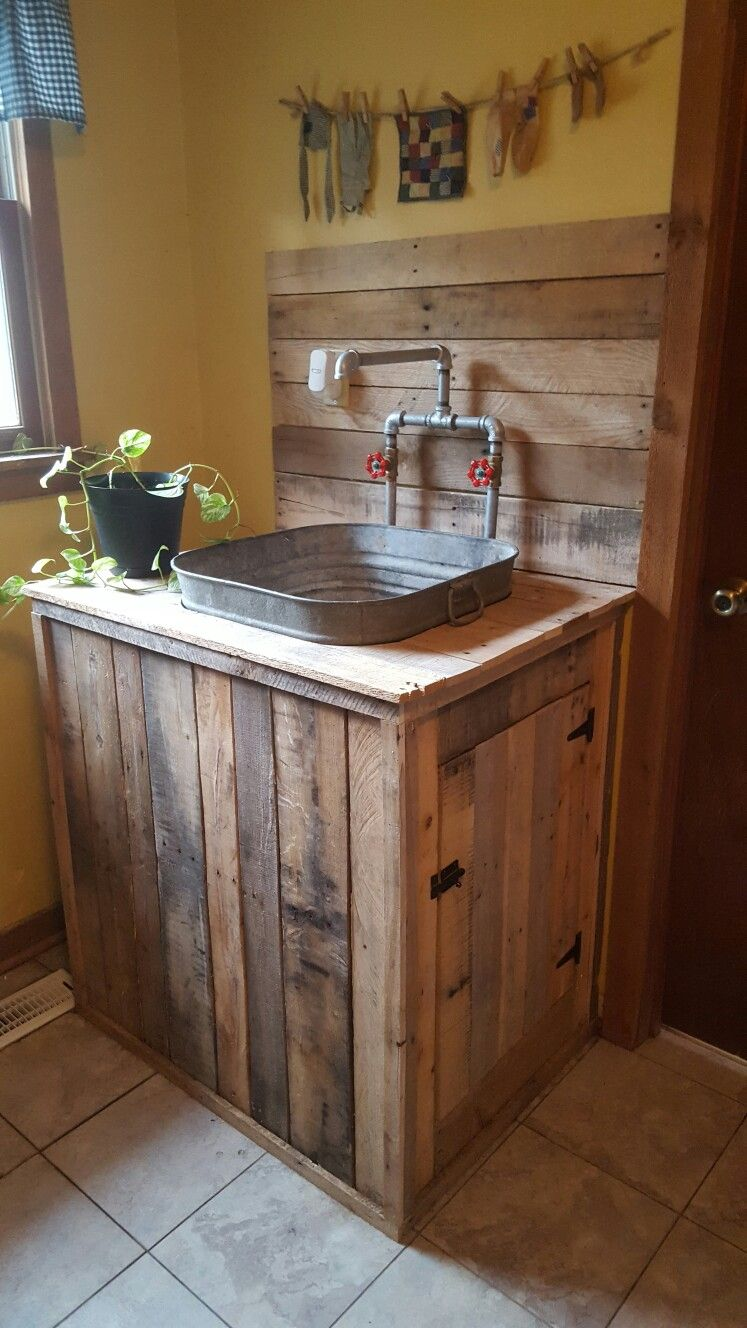 Utility sink i built from pallet wood and an old wash tub for Pallet bathroom ideas