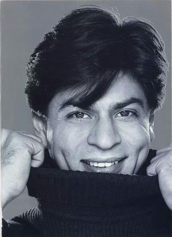 SRK with that dimple smile! | Shahrukh khan, Shahrukh khan and kajol, Actors