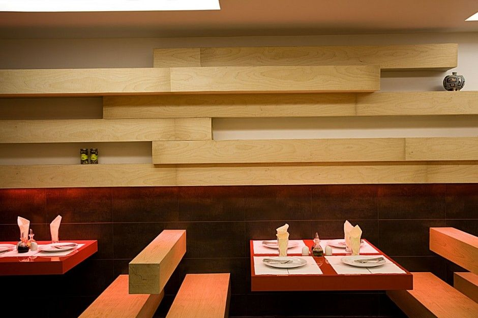 Ordinaire Interesting Interiors Of Restaurant : Hot Restaurant Interior Design  Creative Decoration Design With Wooden Element Feats Minimalist Style Of  Wooden Tables ...