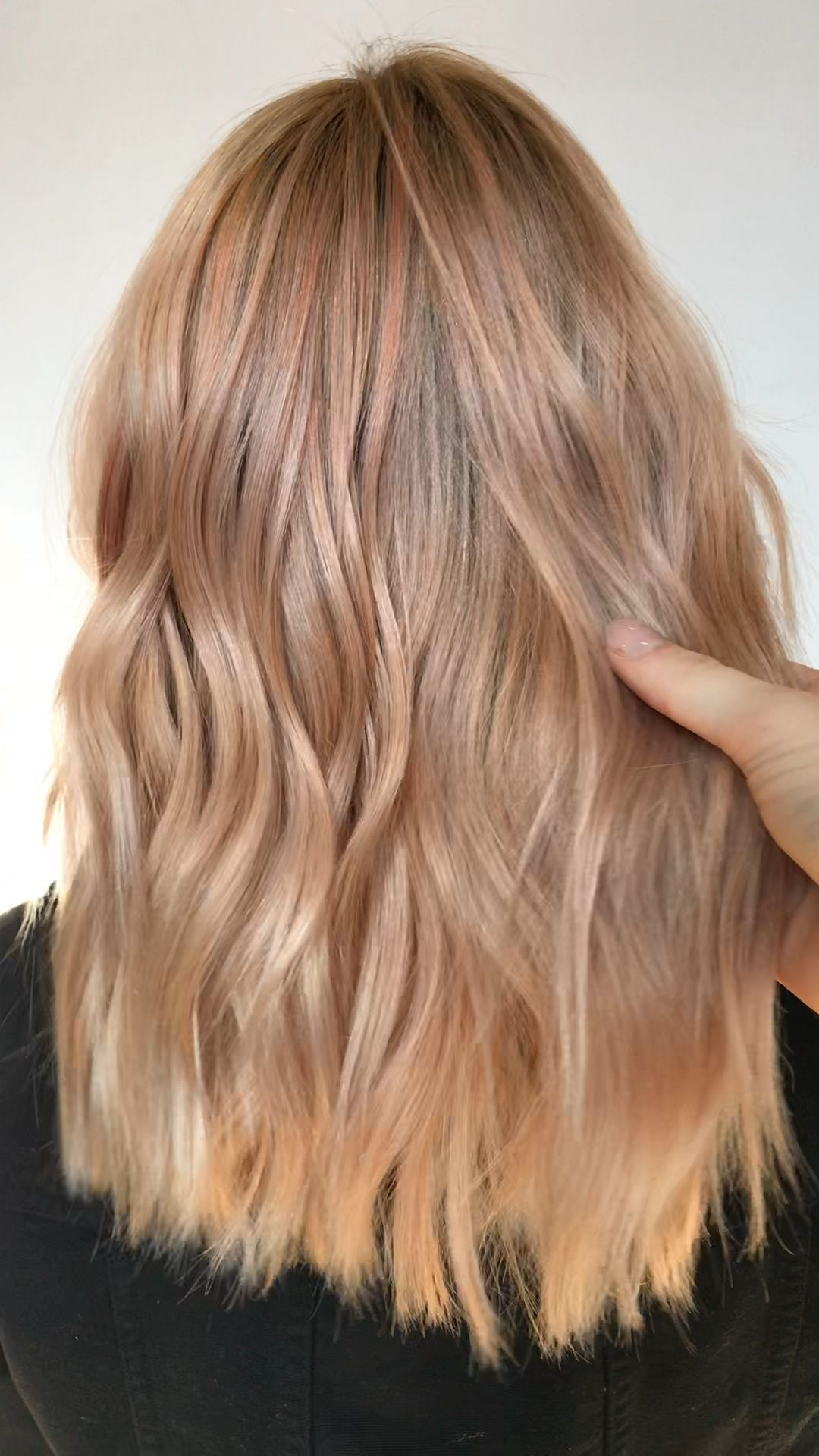 Photo of Pearly Peach Blonde Tones