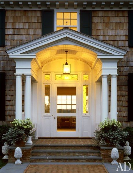 An East Hampton Colonial Revival Residence By Robert A M