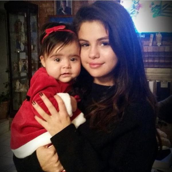 Selena gomez avec victoria tori gomez selena gomez pinterest - Selena gomez et sa famille ...