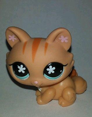 Littlest Pet Shop~#649~Crouching~Kitty Cat~Orange Striped~Blue Flower Eyes