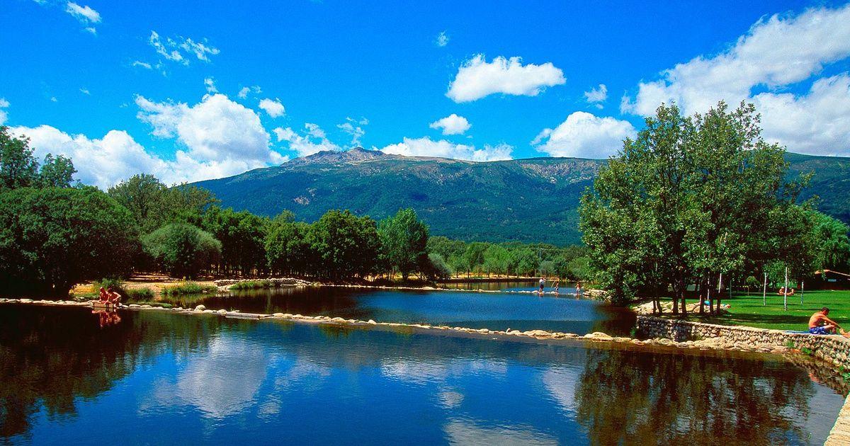 Diez Zonas De Baño Naturales A Menos De Dos Horas De Madrid Piscinas Naturales Piscina Natural Piscinas