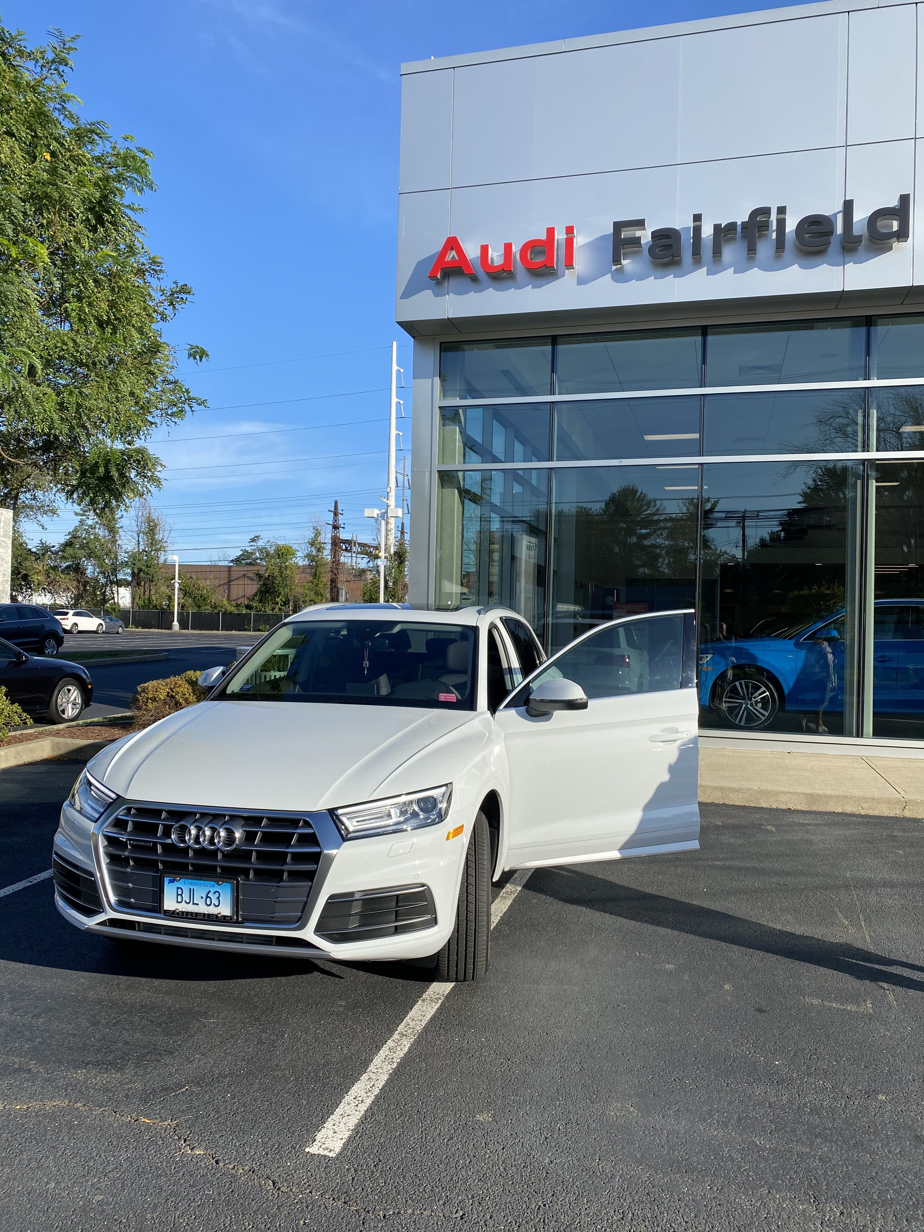 Pin By Barbara Lenches On Fun Stuff Bmw Audi Bmw Car