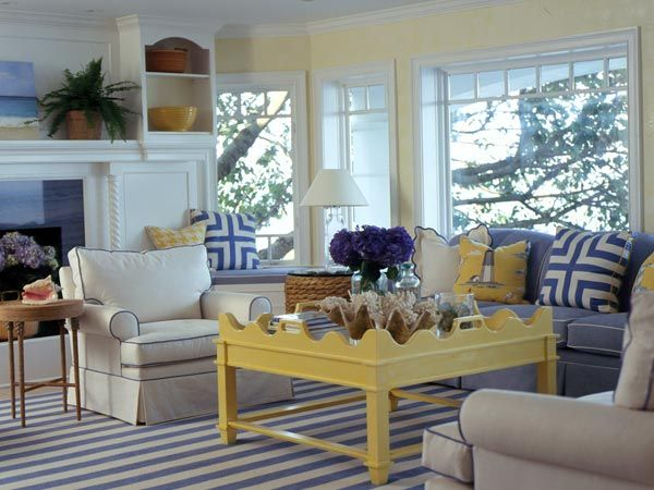 blue and white rooms | Blue & yellow living room inspiration!
