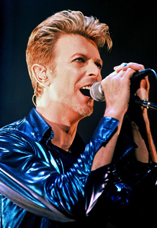 david bowie posts - The Uncomming Storm...