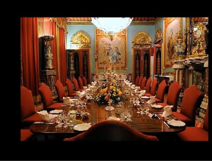 Chinese Dining Room Buckingham Palace Set For Dinner Description Pleasing Chinese Dining Room Table Decorating Design