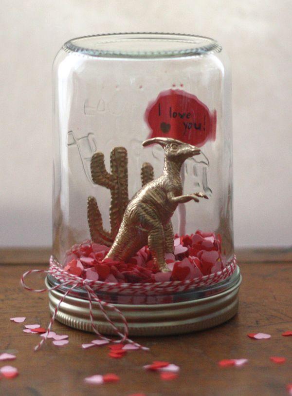 Prehistoric valentines snowglobe   Via papermash x