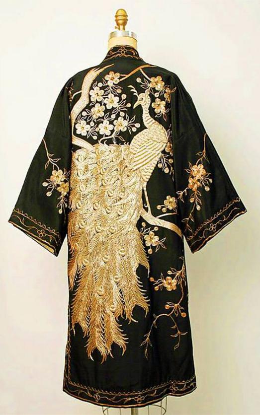 Evening Coat 1920s-1930s Japan - silk, metalic thread - the Metropolitan Museaum of Art. https://www.google.com/culturalinstitute/u/0/collection/the-metropolitan-museum-of-art