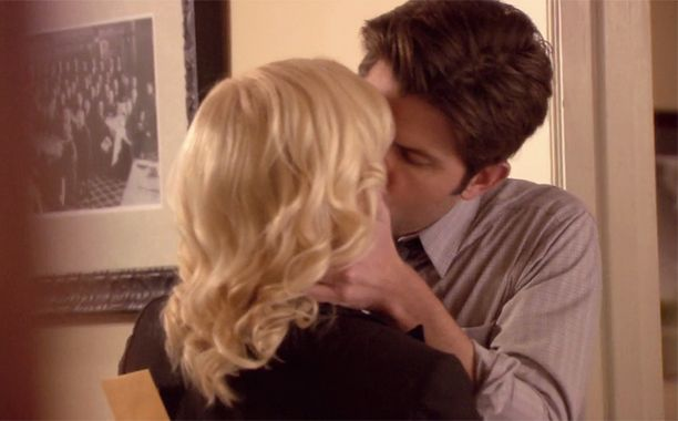 16 Of The Most Long Awaited Kisses In Tv History Parks And Rec