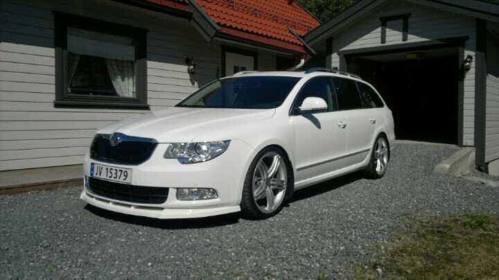 Nicely Modified 3 6 Estate Skoda Superb Top Cars Skoda
