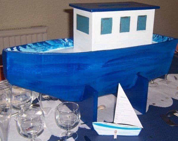 bateau urne en carton projets essayer pinterest urne bateaux et carton. Black Bedroom Furniture Sets. Home Design Ideas