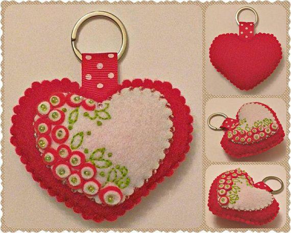 Cuore portachiavi, ciondolo portachiavi a cuore feltro, San Valentino cuore feltro decorazione portachiavi, fatto a mano Keychain Charm, borsa accessorio