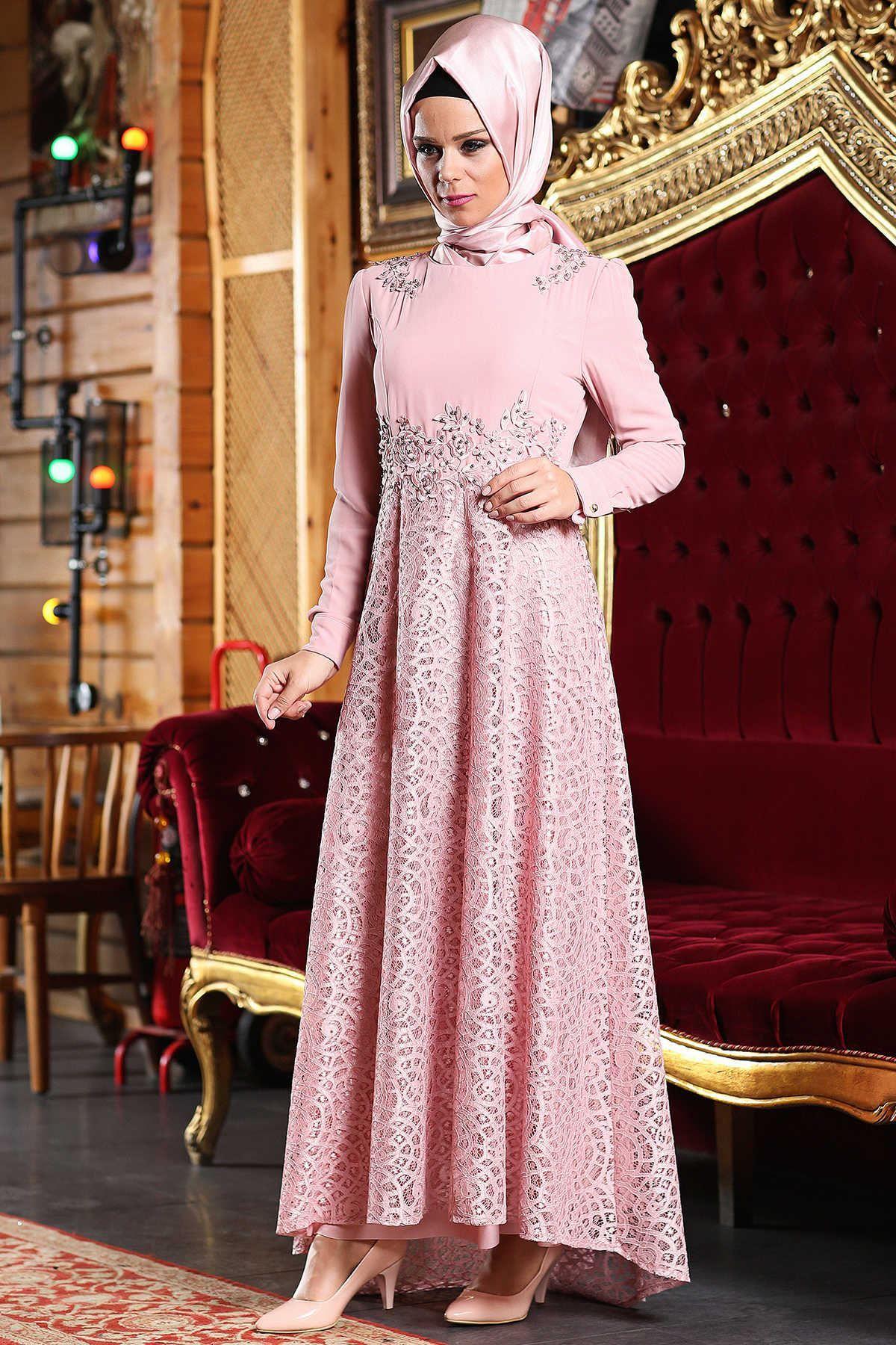 Sik Ve Modern Patirti Tesettur Abiye Elbise Modelleri Moda Tesettur Giyim Elbise Modelleri Moda Stilleri Elbise