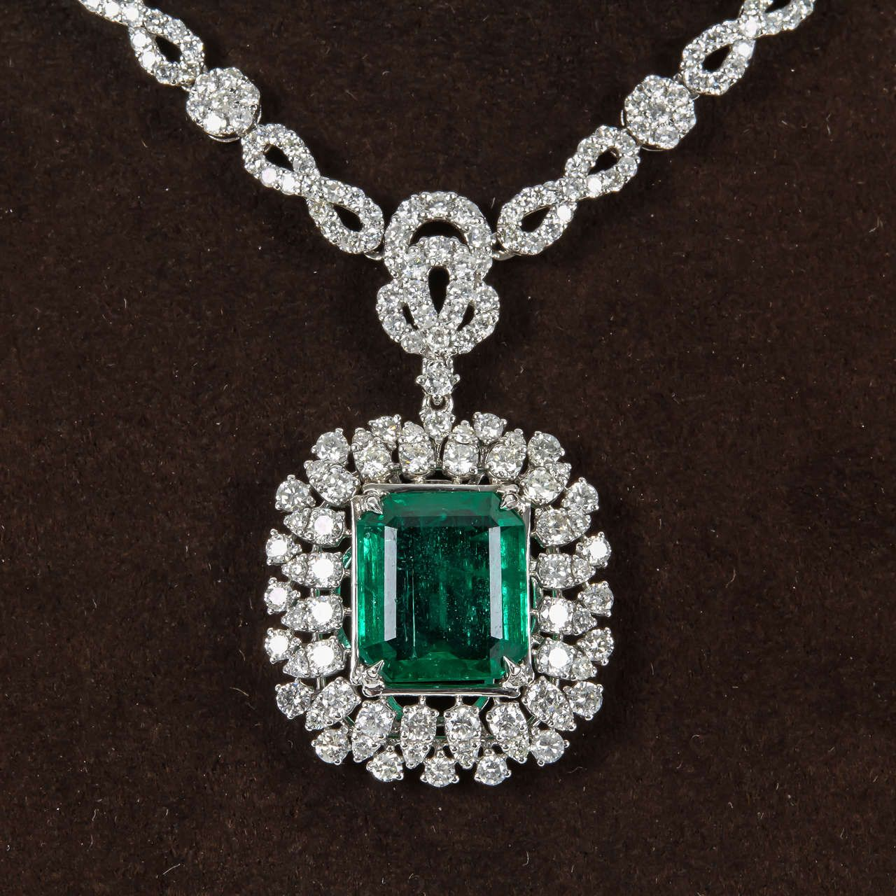 om emerald diamond evergreen pendant emeralds