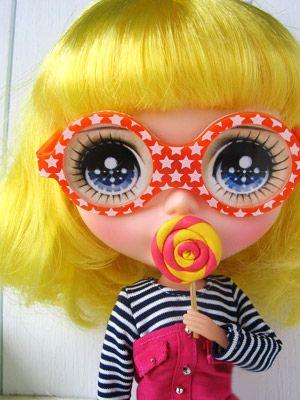 Funny Glasses Blythe  by doric1979, via Flickr