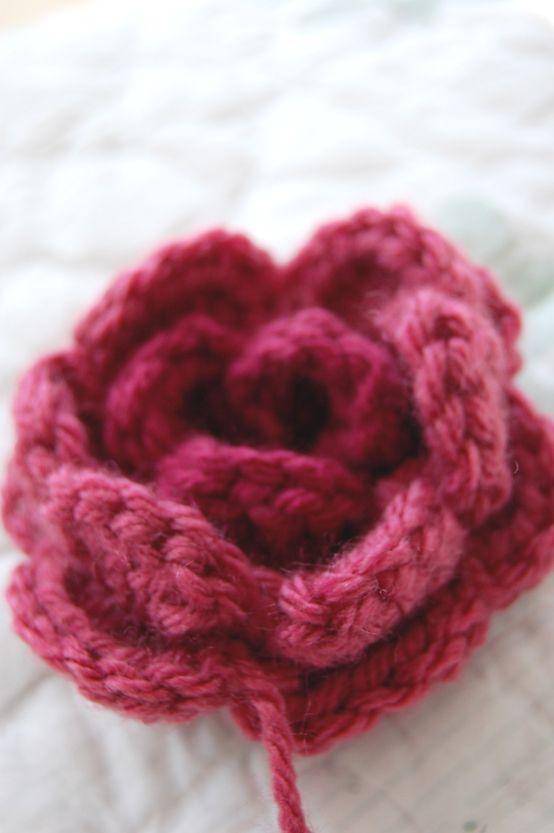 A sweet crochet rose   My sister Mary   Pinterest   Moños, Tejido y ...