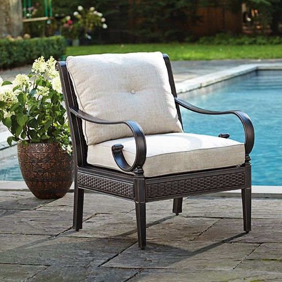 Patio Club Chair Table Rental 2 The Comfortable Canvas Helena Is Perfect For Poolside Lounging Mycanvas