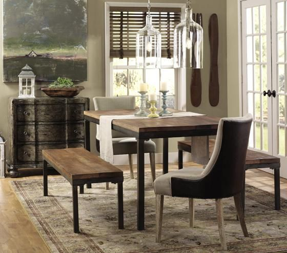 800 Holbrook Dining Table