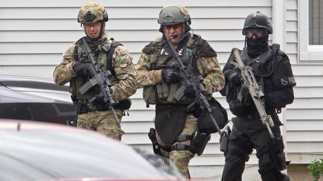 Rcmp Ert Moncton Special Forces Law Enforcement Armed Forces