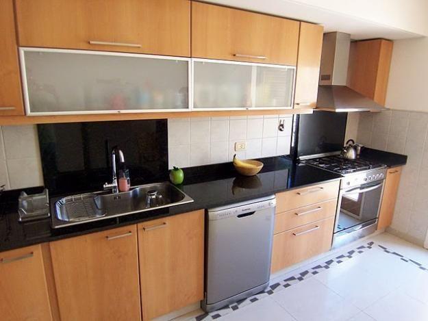 Gabinetes y pantrys modernos de melamina lolo morales for Gabinetes para cocina modernos