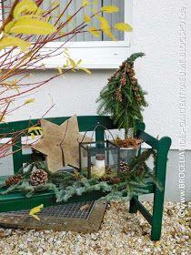 ...und mit diesen weihnachtlichen Bildern aus unserem Vorgarten möchte ich mich von euch für dieses Jahr verabschieden. Auch w... #weihnachtsdekohauseingangaussen