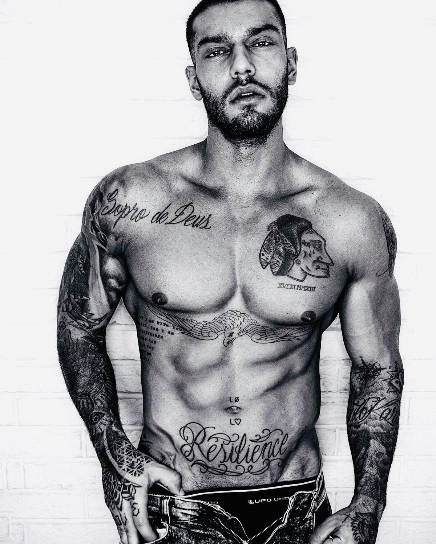 40be351ba Modern Tattoos, Fine Men, Handsome, Tattoo Designs, Model, Gorgeous Men,