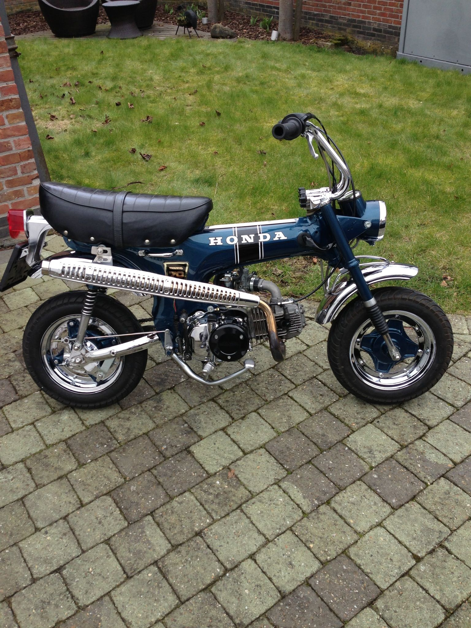 honda dax st 70 chromed nice engine made in england 39 72 mini bikes pinterest beautiful. Black Bedroom Furniture Sets. Home Design Ideas