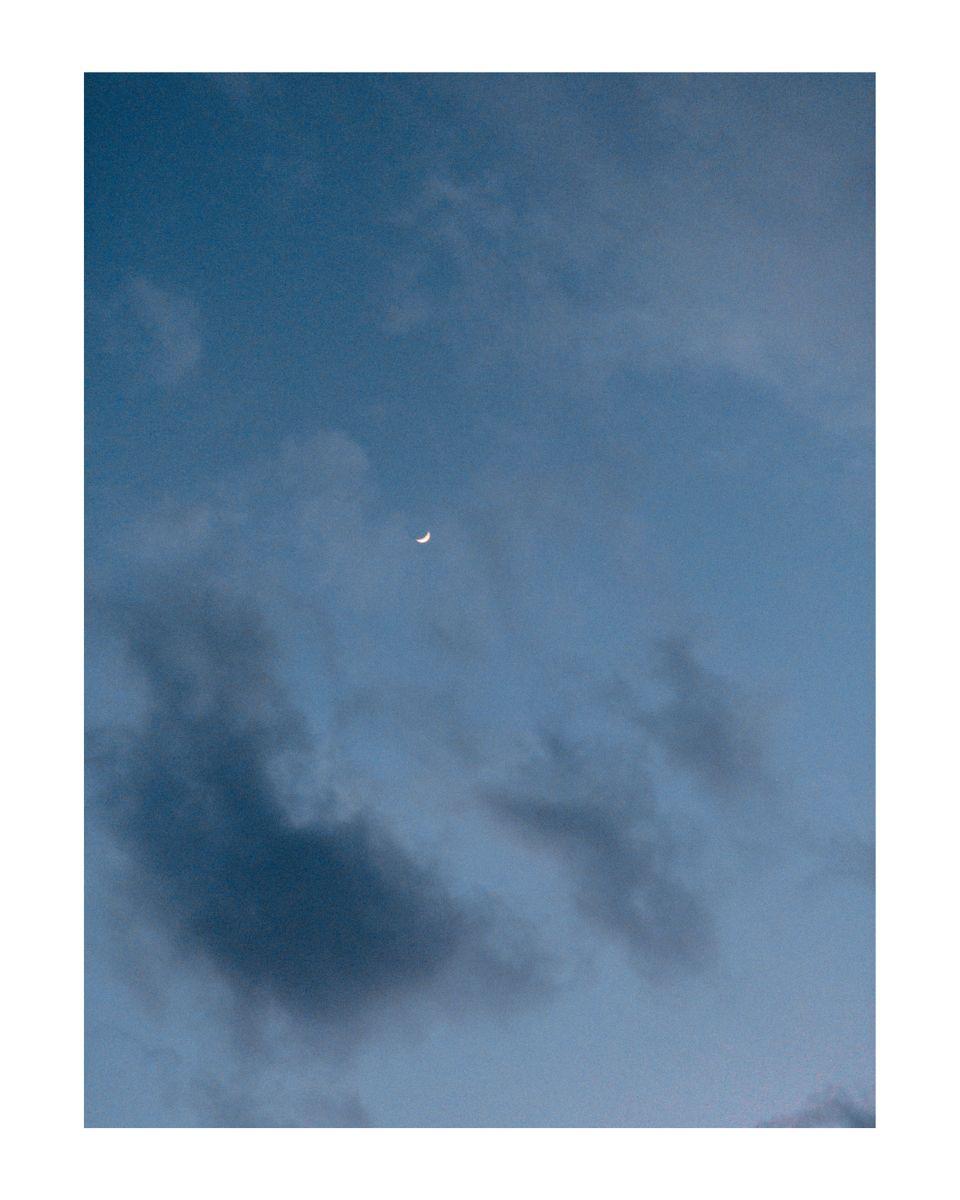 #filmisnotdead #kodakportra400 #shotoniphone #photoedit #lookslikefilm #minimalist #minimal #photooftheday #printsforsale #prints  #moon #cloudy #clouds #cresent #night