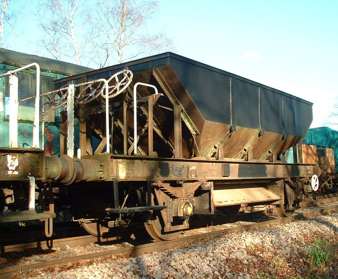 BR Dogfish Ballast Wagon No 983103 - DB983103 is an example of a 24-ton vacuum-braked Ballast Hopper Wagon to diagram 1/587, designed by British Railways and codenamed 'DOGFISH'. The wagon was designed specifically for the use of the Civil Engineering departments to carry new track ballast from quarry to worksite and to drop it at a controlled rate over track which was to be machine-packed or 'tamped'.