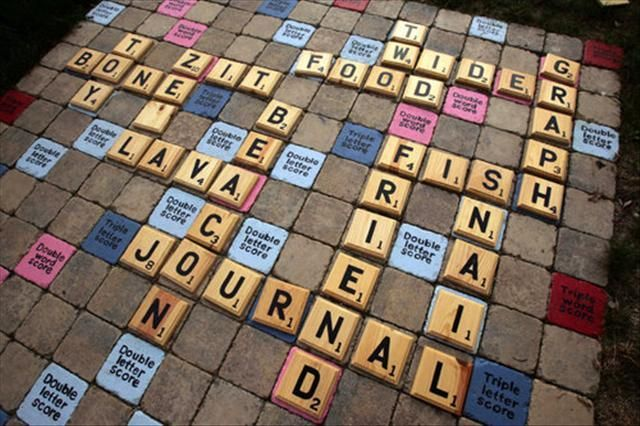 Giant Outdoor Scrabble Board Made From Pavers Diy Yard Games Yard Scrabble Yard Games
