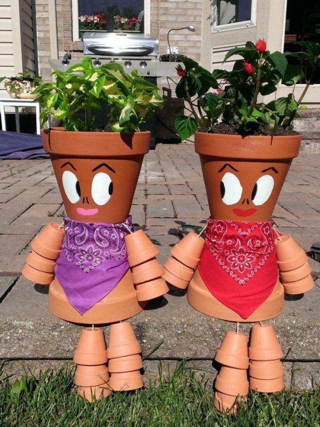 Gartendeko tontopfen basteln menschenfiguren halstuecher - Gartendeko aus tontopfen ...