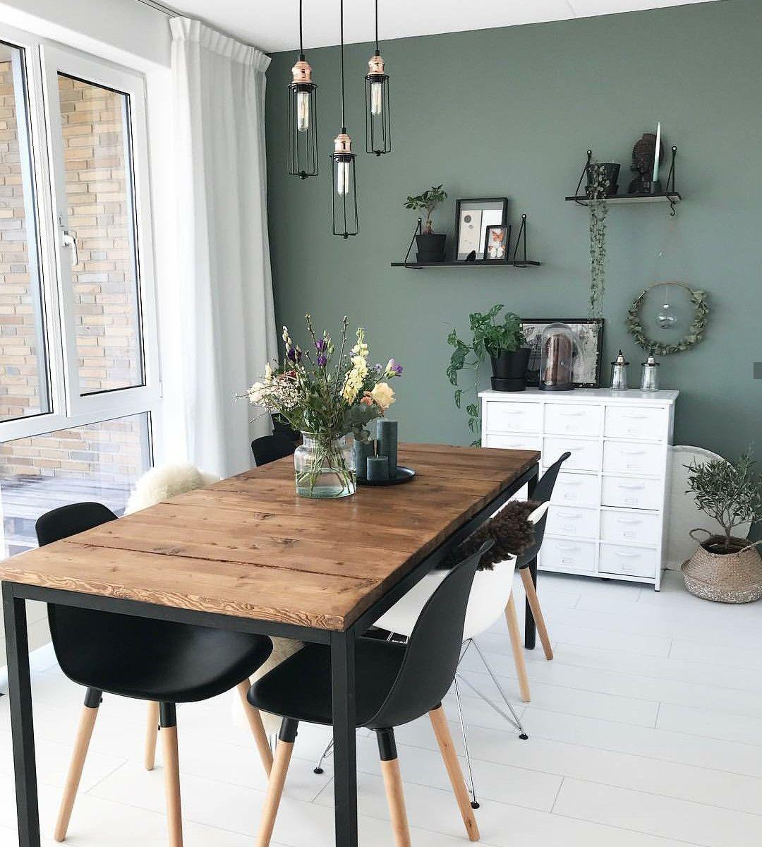 Pin Von Eboayetemego Auf Esszimmer Wohnung Wohnung Wohnzimmer Grüne Wand