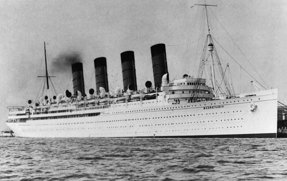 RMS Mauretaniabuilt In Was One Of The First Ocean Liners To - 1930s cruise ships