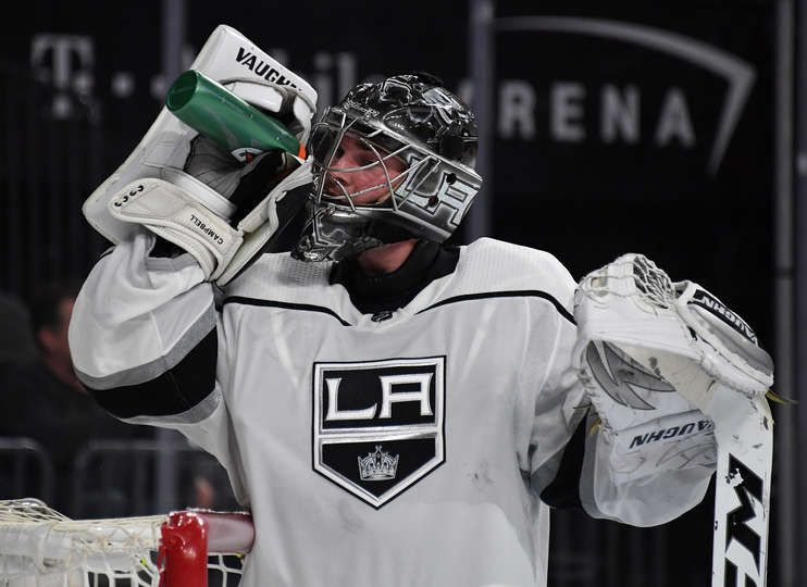 Las Vegas Nv February 27 Jack Campbell 1 Of The Los Angeles Kings Takes A Drink During A Stop In Pla Golden Knights Vegas Golden Knights Los Angeles Kings