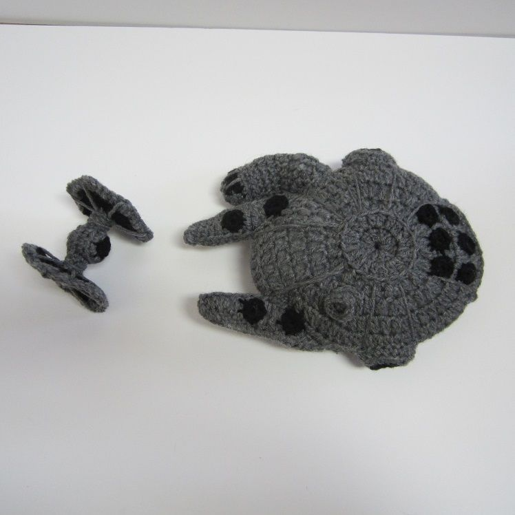 Star Wars Millenium Falcon and Tie Fighter, free crochet patterns on ...
